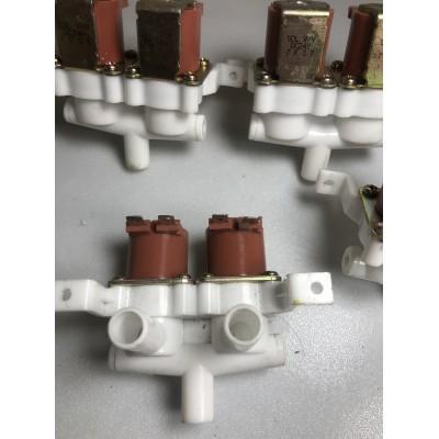 Van Điện từ ( solenoid) 2 vào 1 ra hoặc 1 vào 2 ra điện 24v